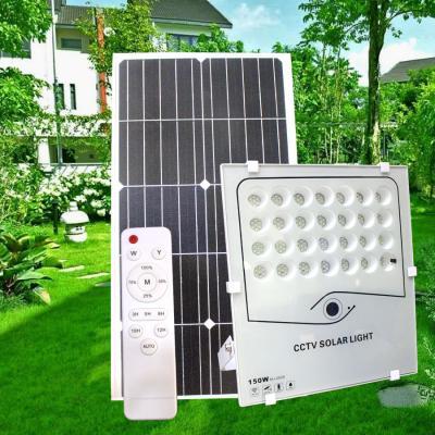 Camera có đèn pha 150w sài năng lượng mặt trời
