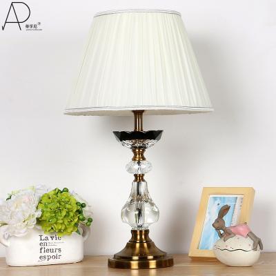 Đèn để bàn phòng ngủ  1005