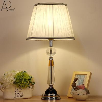 Đèn để bàn phòng ngủ  1013
