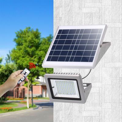 Đèn pha năng lượng mặt trời VK- 386B 32W