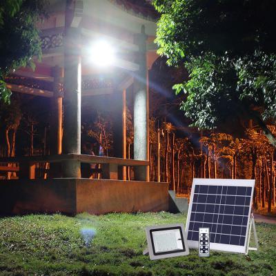 Đèn pha năng lượng mặt trời VK- 386D 60W